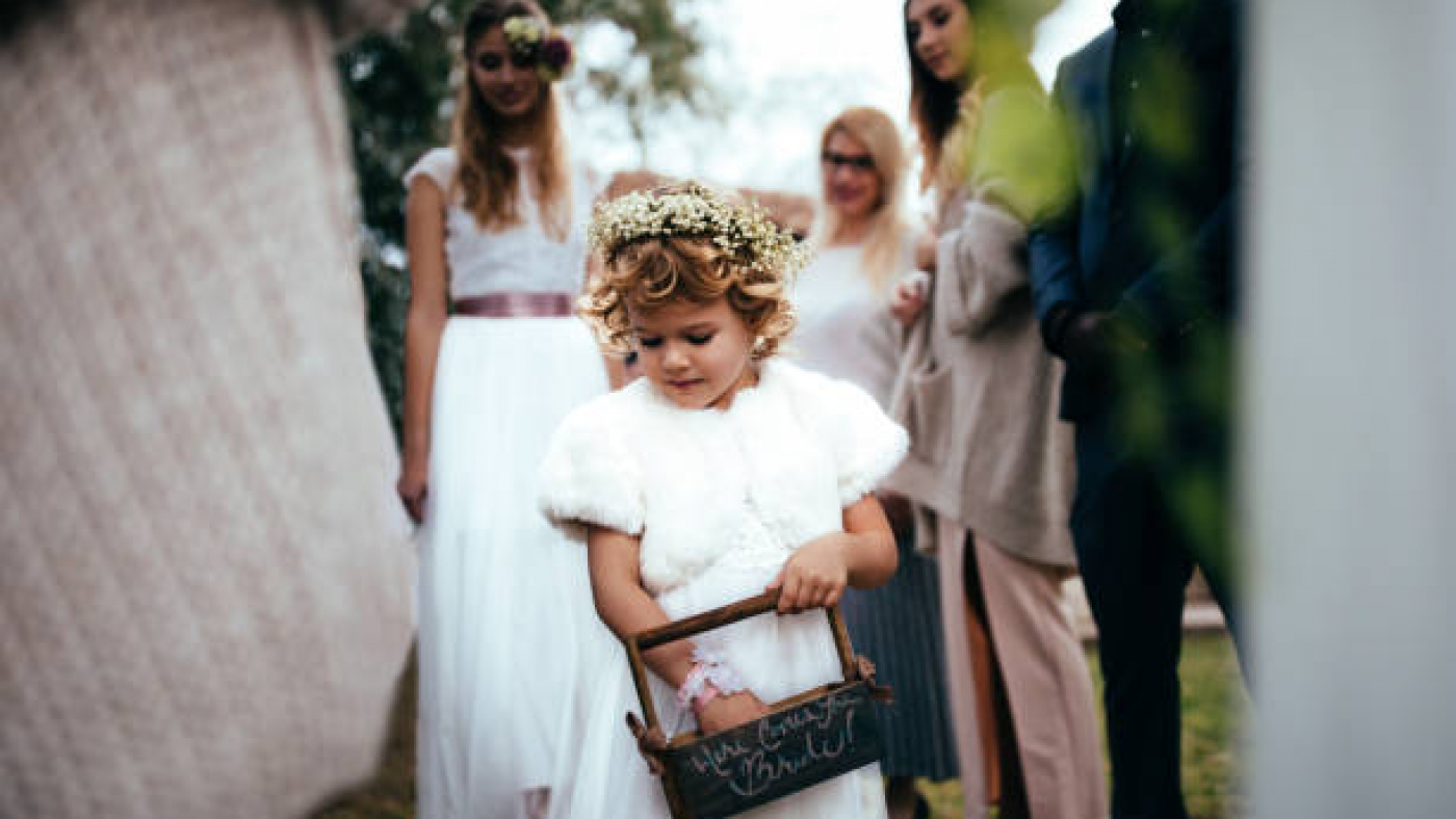 5 Brilliant Ways to Involve Your Little Children or Teens in Your Wedding